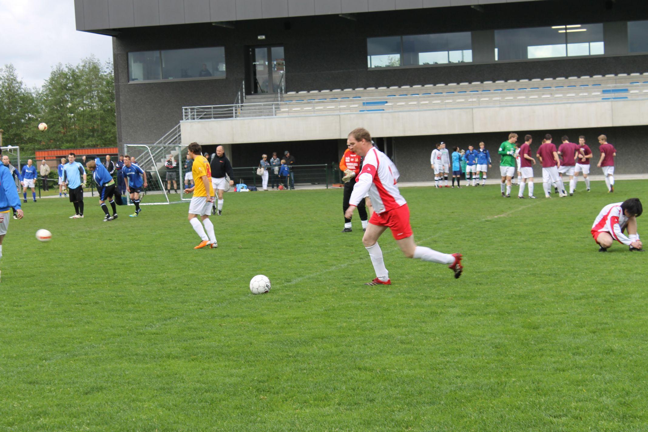 voetbal-2012-008